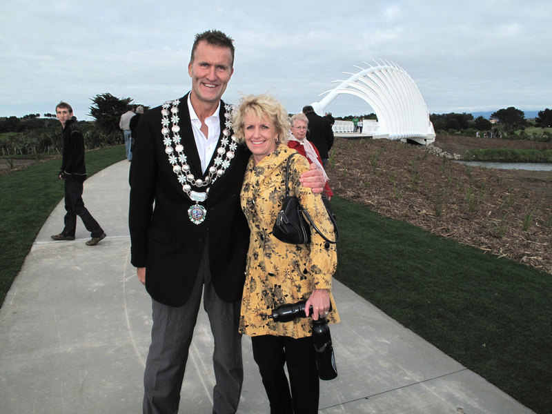 Peter Tennent, Mayor of New Plymouth and Rosemary Tennent.